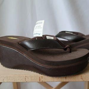 Shoes - Volatile Sandals